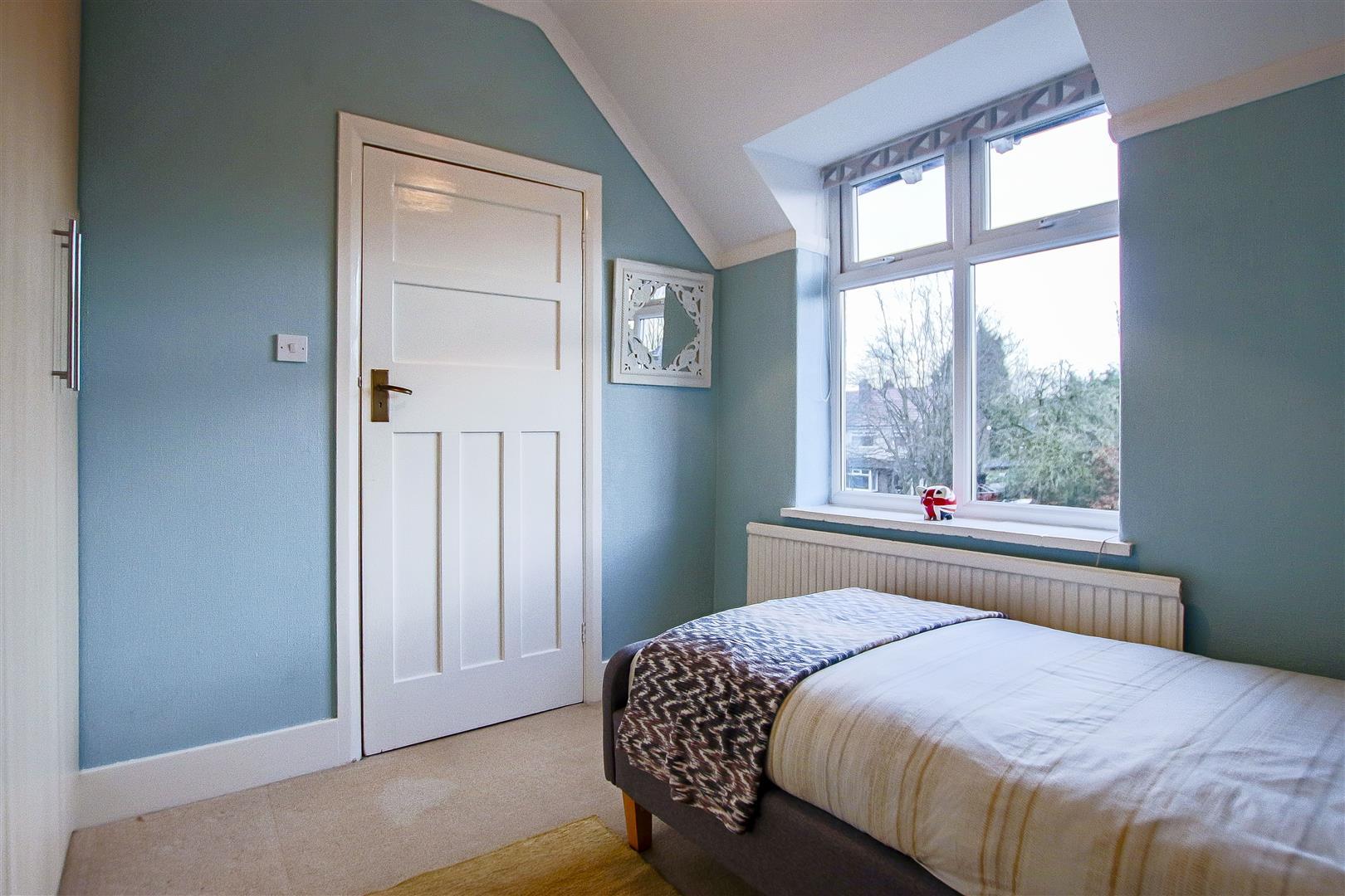 4 Bedroom Detached House For Sale - 8.jpg
